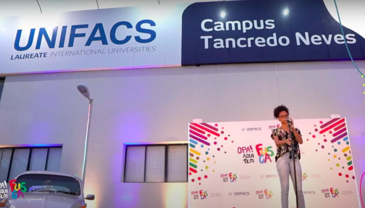 Sarau e integração com a web marcam primeiro dia de FUSCA