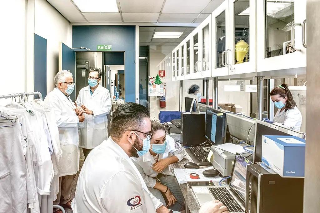 COVID-19: Vacina intra-nasal é a aposta do primeiro imunizante 100% nacional
