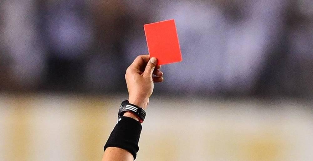 Arbitragem: conheça mais sobre a profissão que comanda a partida de futebol