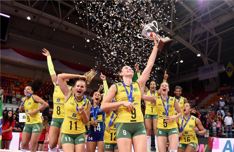 Mulheres no Esporte: empoderamento e luta por igualdade no mundo esportivo